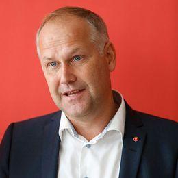 Vänster: Den turkiska presidenten, Recep Tayyip Erdogan. Höger: Partiledare för Vänsterpartiet, Jonas Sjöstedt.