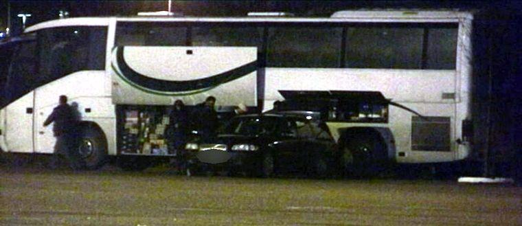 Buss fullastad med alkohol.