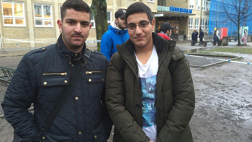 Eleverna Hasn Aboqarah och Mohammed Omar.