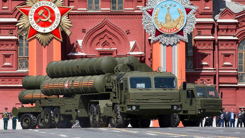 Luftförsvarssystemet S-400 visas upp på en parad i Moskva förra året.