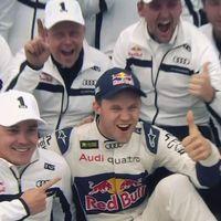 Mattias Ekström firar VM-titeln.