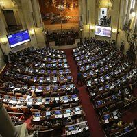 Kongressen i Bogota diskuterar fredsavtalet.