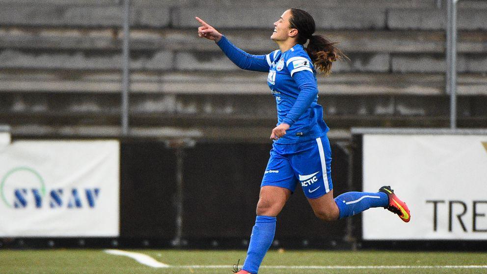 Eskilstunas Marija Banusic jublar efter 0-2 målet under söndagens damallsvenska fotbollsmatch i mellan FC Rosengård och Eskilstuna United DFF på Malmö IP.