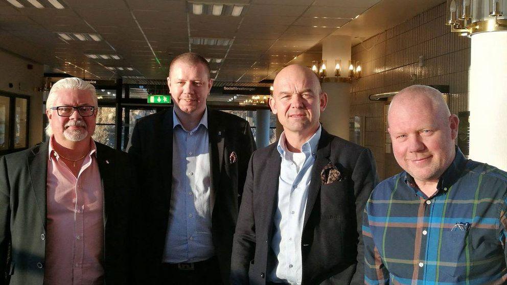 Torbjörn Lind, näringslivschef, Roger Fredriksson (M) kommunalråd, Mats Arnlund, delägare Hem och Micke Lövkvist, vd Hem1.