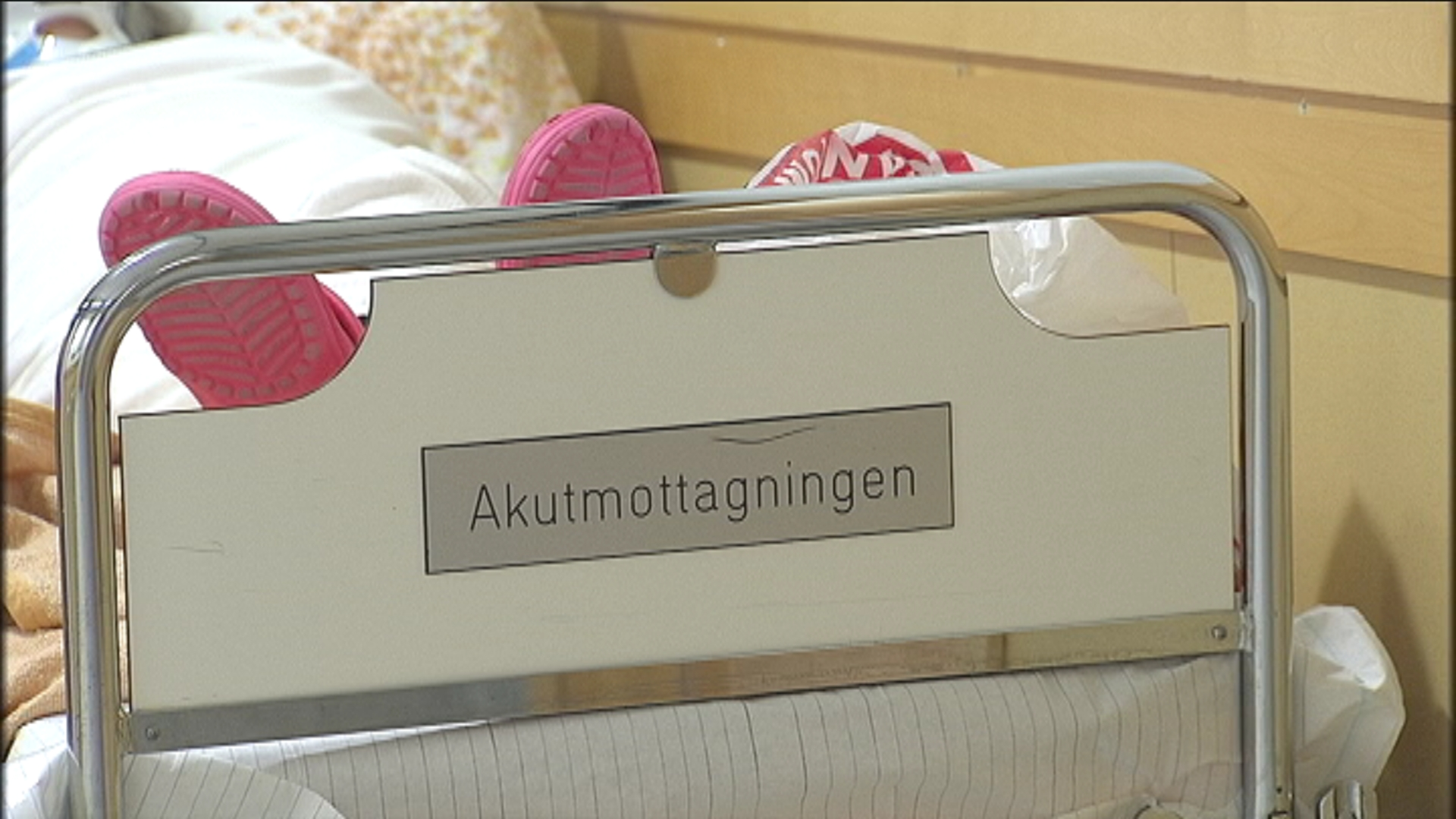 Patienter i fara pa overfulla sjukhus