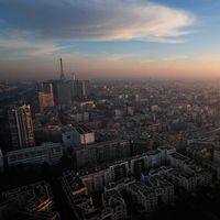 Vacker vy - men en farlig sådan. Bilden över Paris är tagen från en ballong som mäter luftföroreningar i tisdags.