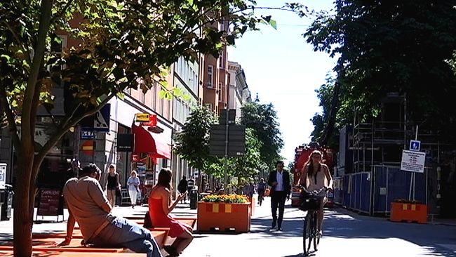 Innerstadsgator blir bilfria varje sommar