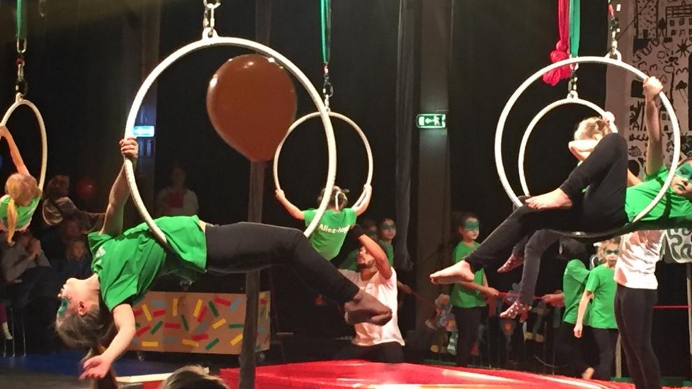 cirkus, uppträdande