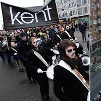 Begravningståg vid Medborgarplatsen för rockgruppen Kent som gör sin sista spelning på Tele2 Arena på lördagen.