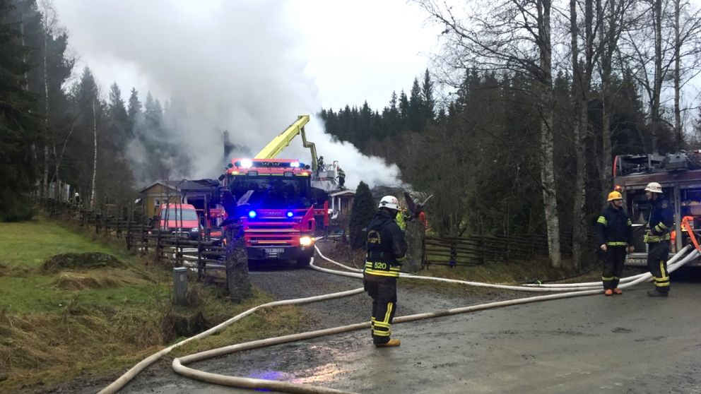 Våldsam brand i Ödestugu.