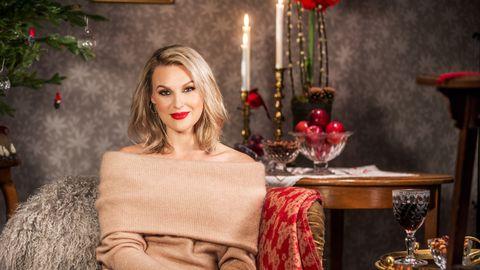 Julvärden Sanna Nielsen.