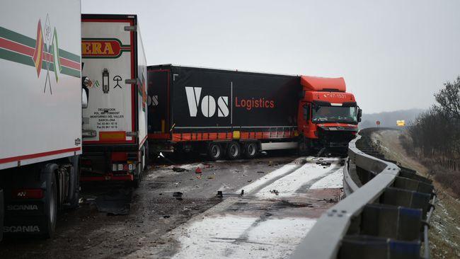 Parada en el E6 en Helsingborg - después del accidente del carro