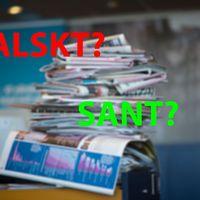 Bildmontage av tidningshög plus text SANT FALSKT