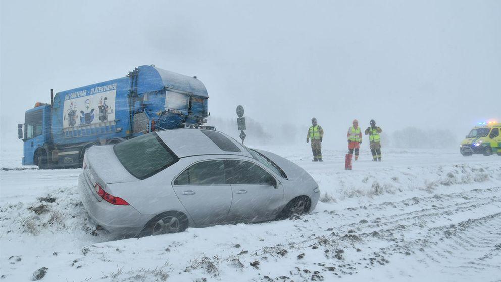 Olycka i snöovädret på väg 113 utanför Höör