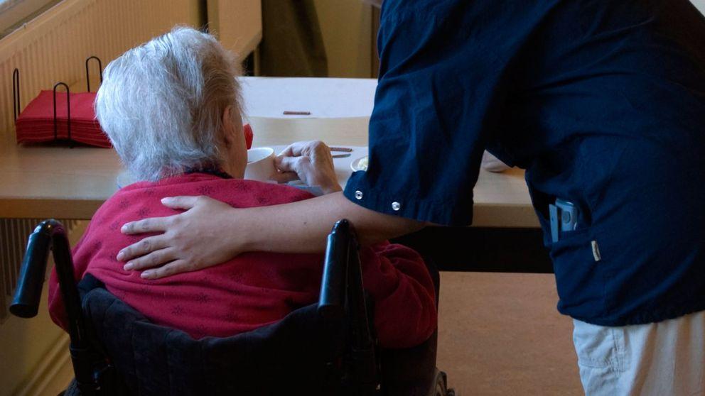 Ålderdomshem, undersköterska, ålder, boende, äldrevård, vård och omsorg
