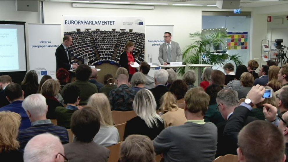 Deltagare vid seminariet om lagliga flyktvägar i Europa