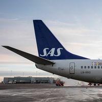 Enligt obekräftade tidningsuppgifter i Danmark överväger SAS att registrera flygplan i Irland för att sänka kostnaderna.