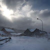 """Mouthe i Frankrike täckt i snö. Här råder 5-10 grader lägre temperaturer än normalt. Mouthe kallas också """"Petite Siberie"""" 17 januari"""