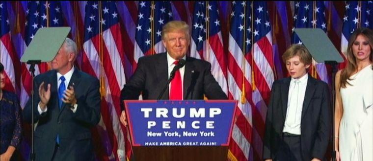 Donald Trump håller segertal efter att rösterna i det amerikanska valet 2016 räknats.