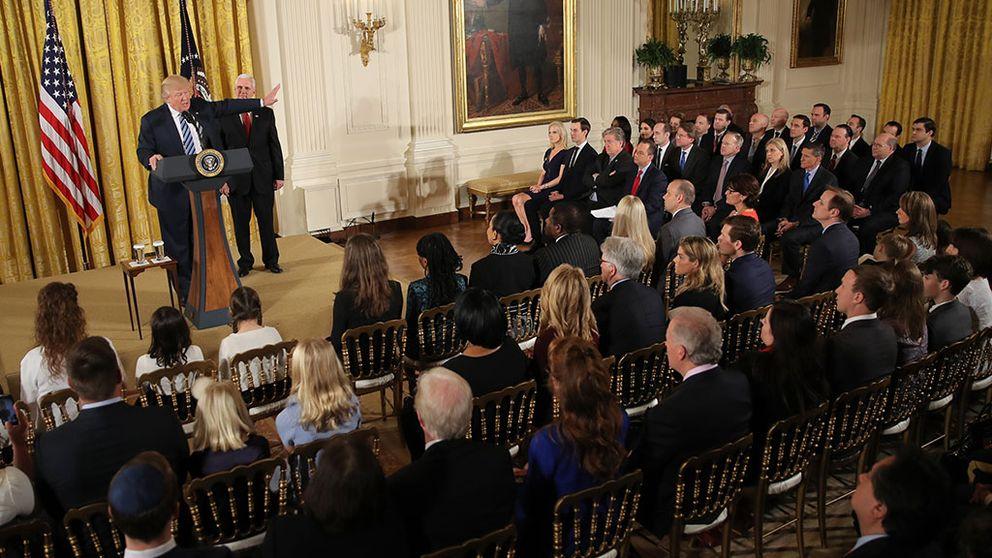 Donald Trump, vita huset