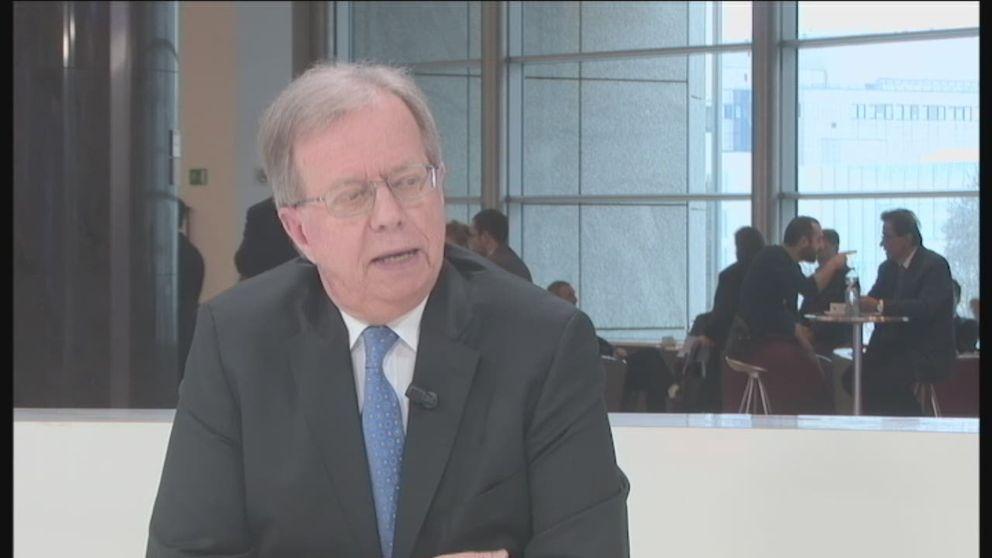 Lars Danielsson, EU-ambassadör intervjuas