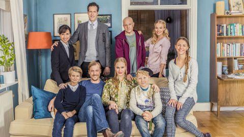 Skådespelarna i serien Bonusfamiljen.