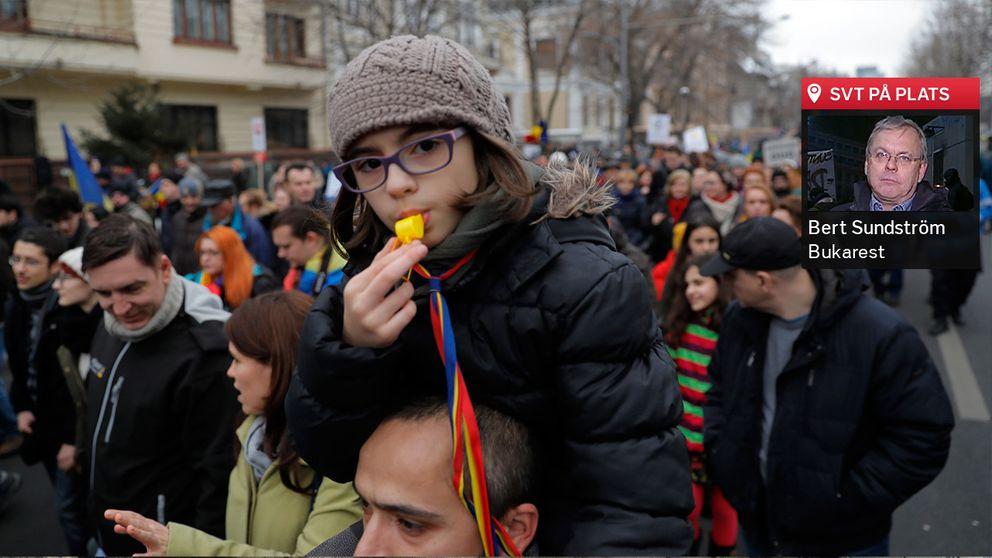 Hundratusentals människor gav sig ut på gatorna för att demonstrera mot regeringen.
