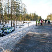 Polisbil och bil i krock mellan Mora och Rättvik