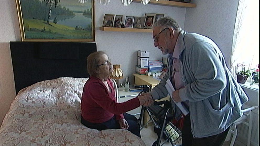 Mobil äldreakut ger vård i patientens hem.