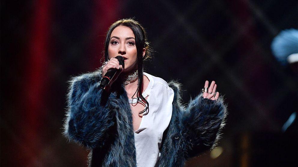 Adrijana framför bidraget Amare vid deltävling ett i Melodifestivalen 2017