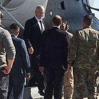 USA:s försvarsminister James Mattis anländer till Bagdad.