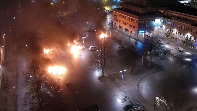 Bildresultat för förorterna brinner bol bränder upplopp