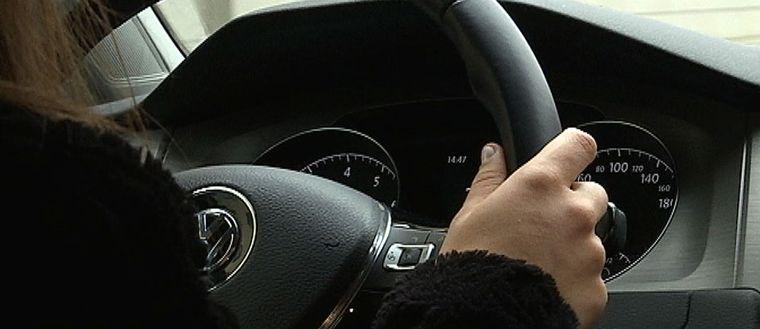 Andelen värmlänningar som kuggas när de ska ta körkort ökar. Fesal Rashid är en av dem som fått köra upp flera gånger för att klara det efterlängtade kortet.
