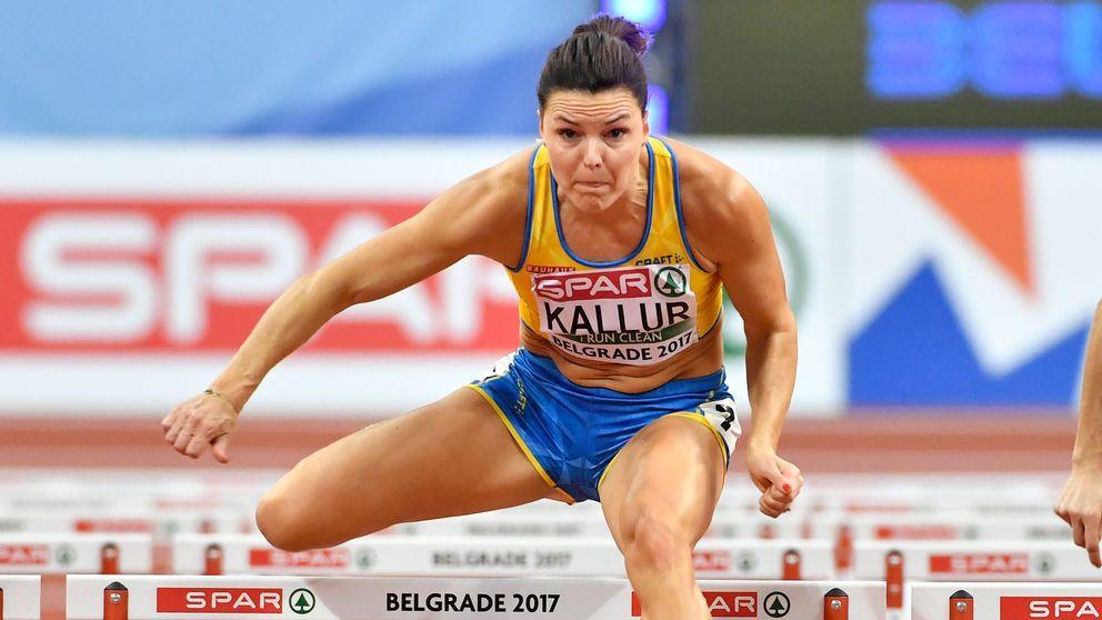 Susanna Kallur över en häck
