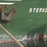 Fartyget Sternö som gick på grund i Göta älv för två veckor sedan har nu rätats upp.