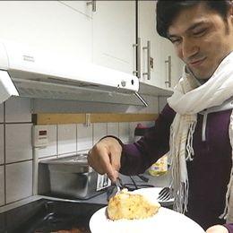 Javed har lagat afghansk kyckling med tomat och lök