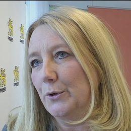 bilden är Ingela Hamlin, grundskolechef i Uppsala, och hon förklarar varför man inte omplacerade pojken.