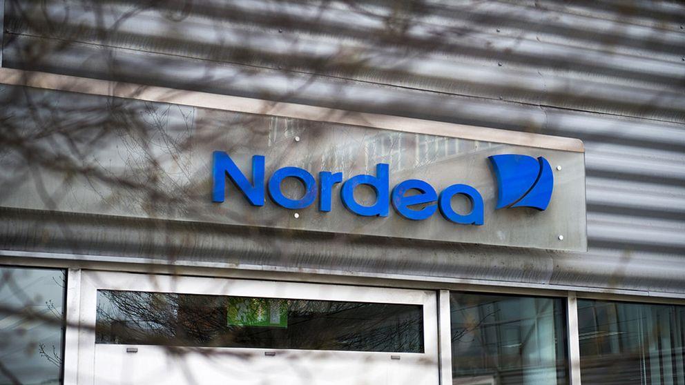 En fasad på ett Nordeabankkontor.