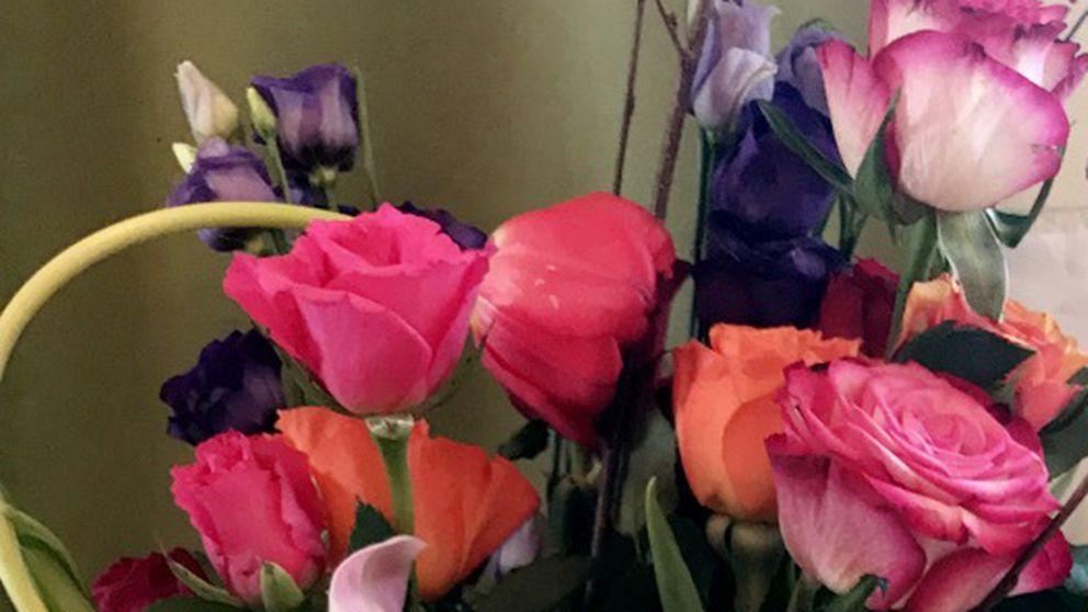 """Blomman. Vendela Söderberg: """"Sedan ringer jag mamma. Hon är på jobbet. Hon säger: – Fick du många blommor? Vad fint!"""""""