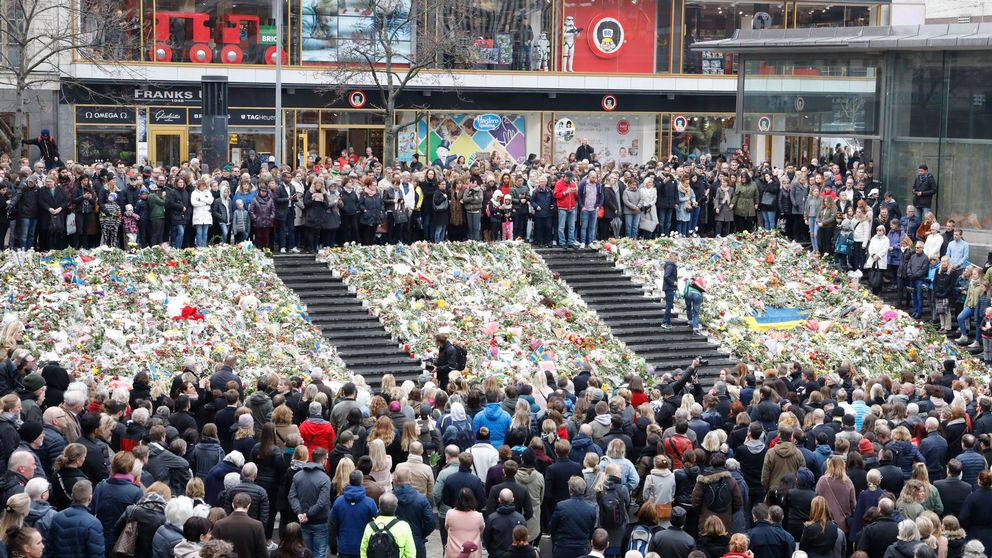 A national moment of silence at Sergels torg.