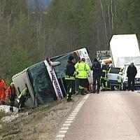 Bussolycka med ungdomar utanför Sveg