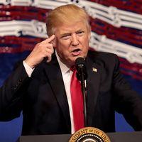 Hör hur viktiga president Trump tyckte att de 100 första dagarna var – nu och då.