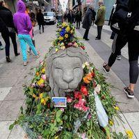 En person till har dött efter terrordådet i Stockholm