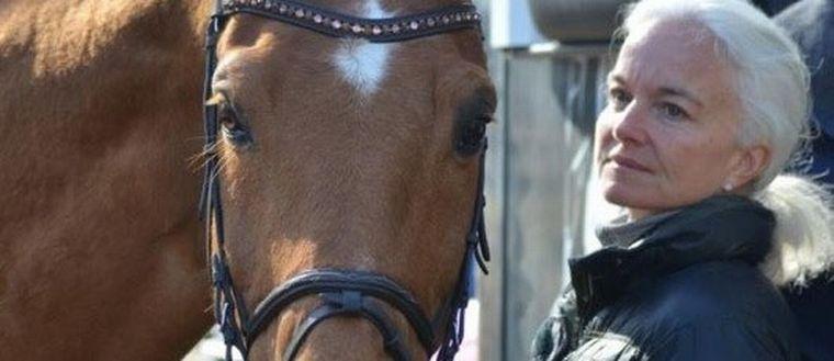 Häst och kvinna