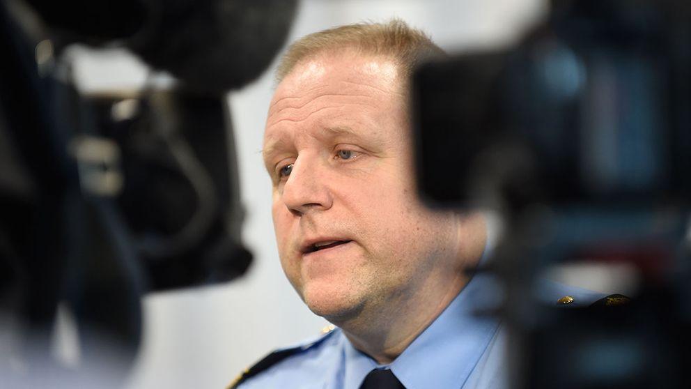 Malmös polismästare chattar om våldet