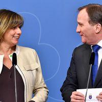 MP-språkröret och vice statsministern Isabella Lövin och statsminister Stefan Löfven (S) har anledning att vara nöjda. Även om S backat i senaste Sifo-mätningen ligger de rödgröna över Alliansen i opinionen och MP går framåt.