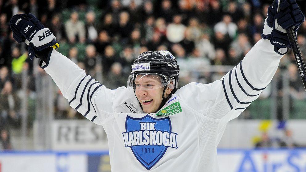 Victor Ejdsell jublandes i Bik-tröjan – nu är han klar för HV71.