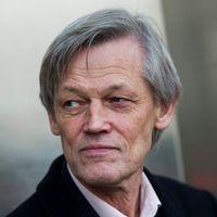 Före detta justitierådet Göran Lambertz (höger) går till attack mot journalisten Dan Josefsson, som står bakom dokumentären om Kevinfallet.