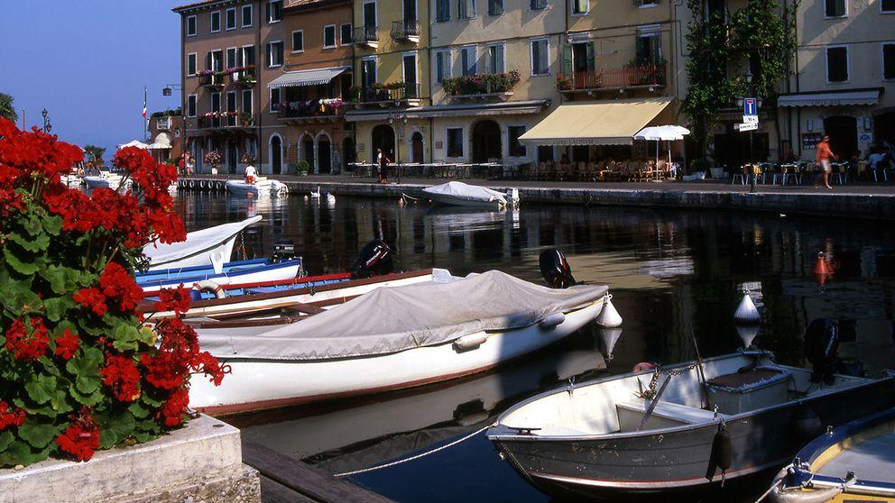 Gardasjön i norra Italien