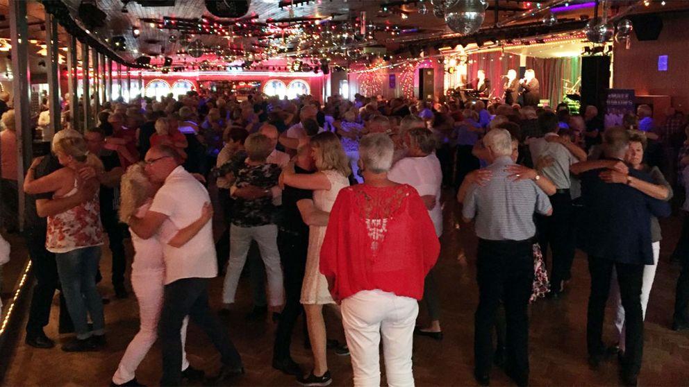 Dansbanan på Eringsboda Brunn i Blekinge lockar folk från hela landet.